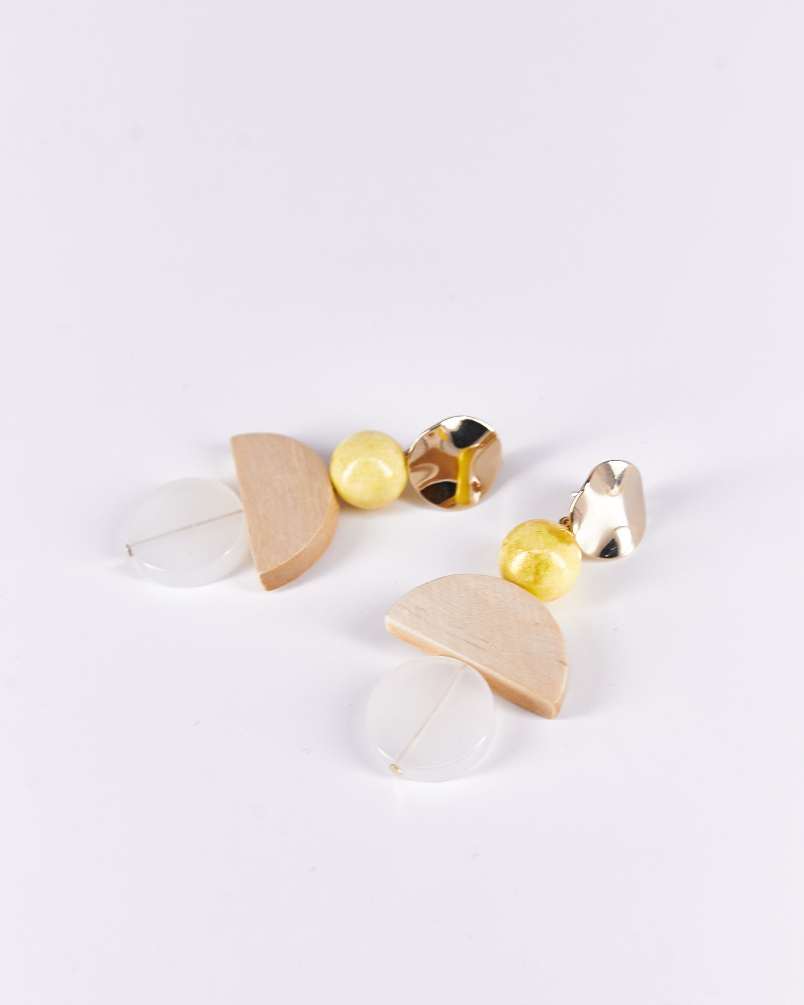 Earrings-Miel-ProjectBon-Acetate-Handmade-Localdesigners-Nuovum-Barcelona