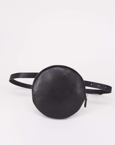 Funny-Pack-Fahrenheit-Circle-Leather-Black-Handmade-Nuovum-Barcelona-localdesigners