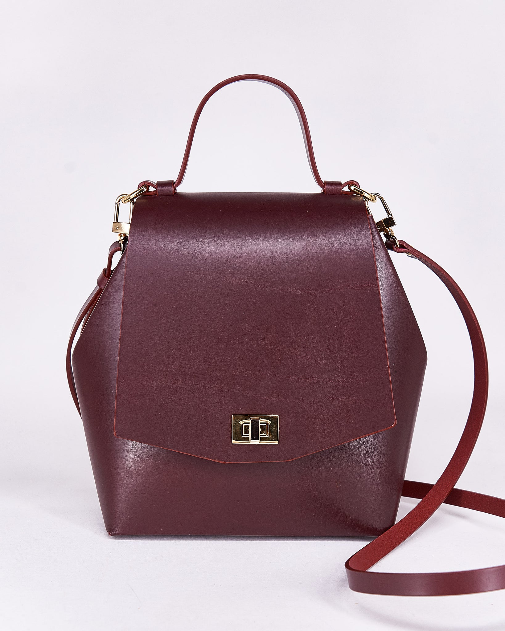 Hex Bag-Bordeaux-Leather-Designed by Nuovum-Localdesigners-Barcelona-Front strap
