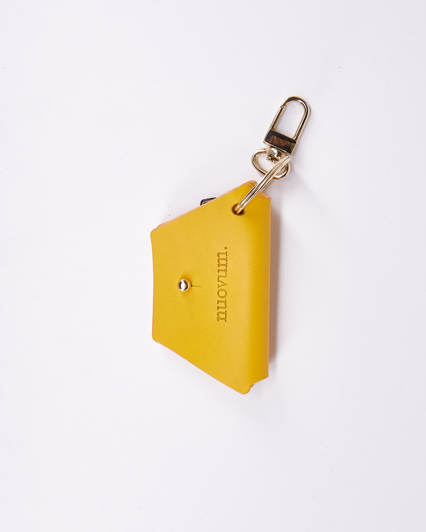 KeyWrap-Nuovum-Leather-Yellow-localdesigners-Barcelona-Nuovum-Handmade-Close