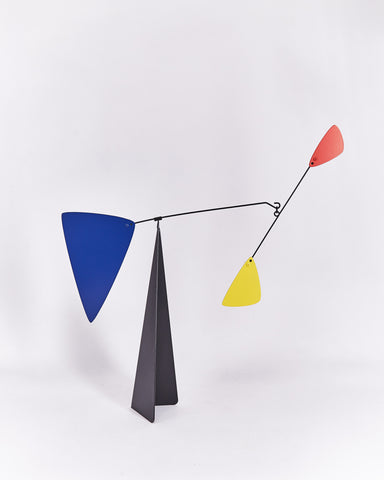 Mobile-Berlin-Volta-Calder-Metal-Blue-Yellow-Red-Handmade-Nuovum-Barcelona-localdesigners-Side