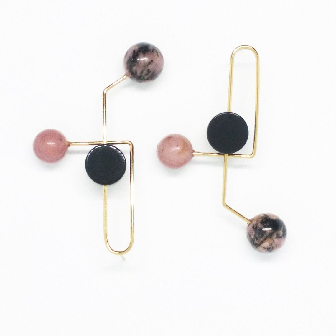 Earrings-Mara-SewaSong-Gold-Nuovum-localdesigners-Barcelona-handmade