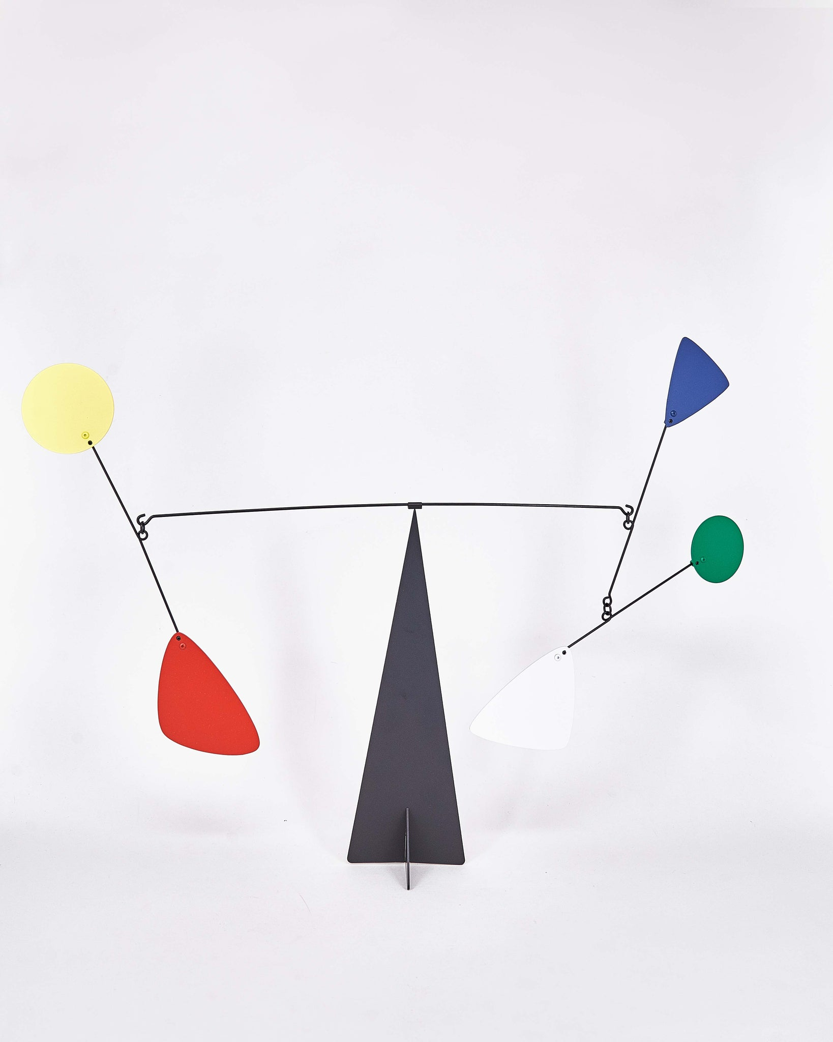 Mobile-Rio-Volta-Calder-Metal-Blue-Yellow-Red-Green-Handmade-Nuovum-Barcelona-localdesigners-Front