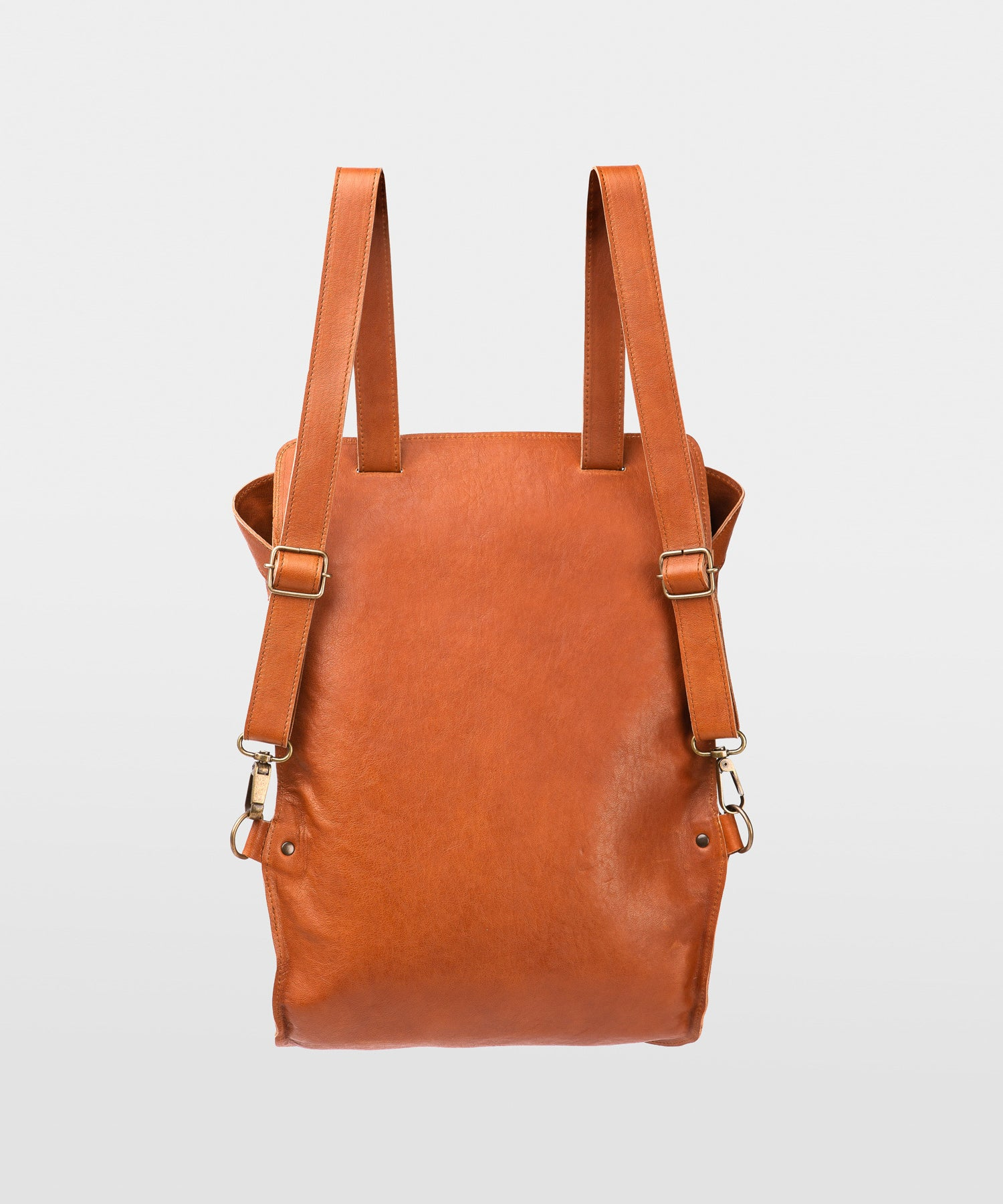 Mini-Backpack-Basic-Fahrenheit-Leather-Colorado-Handmade-Nuovum-Barcelona-localdesigners