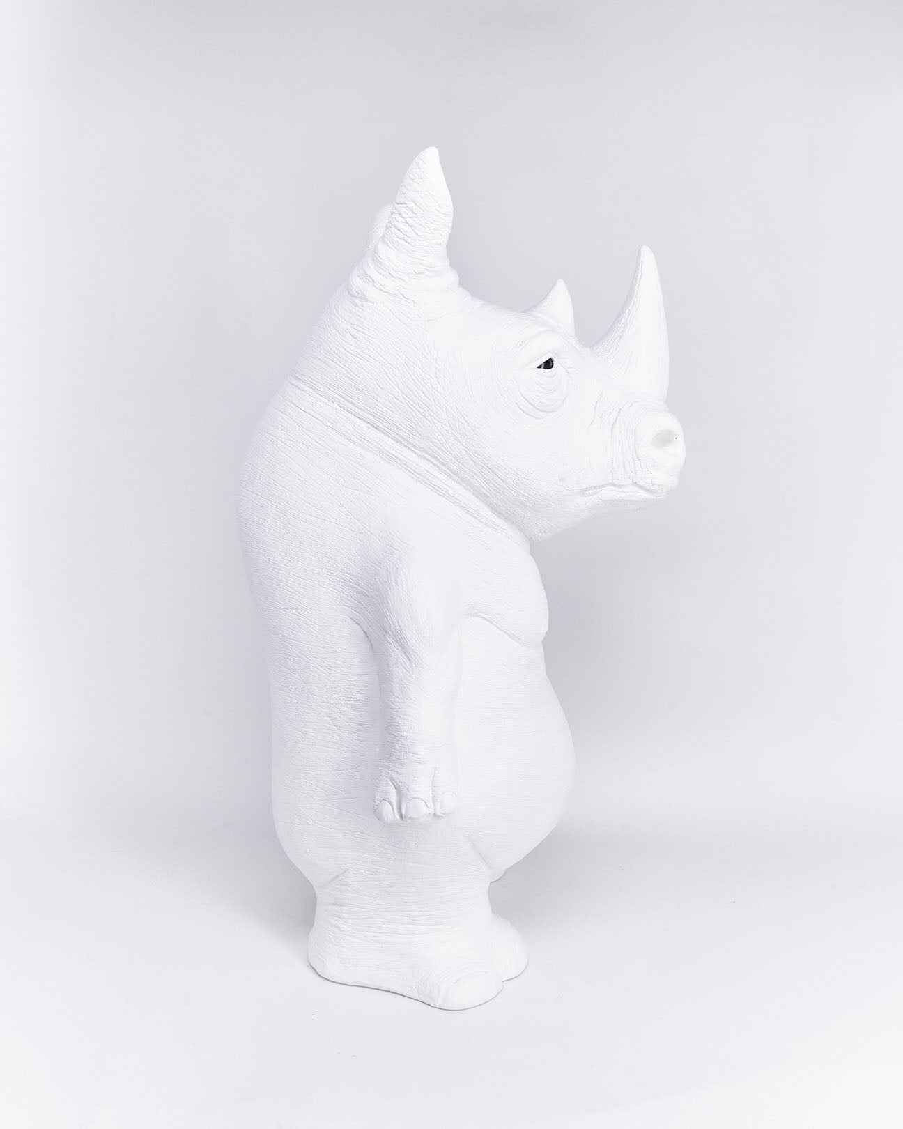 Rhino-ceramic-animal-object-side-handmade-Ornamante-localdesigner-Nuovum-barcelona