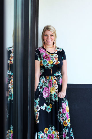 Floral Short Sleeve Maxi: Black