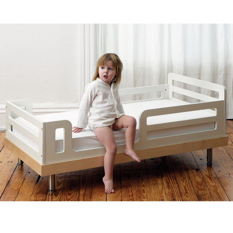 Oeuf NYC Classic junior bed Birch / white, single beds, Oeuf NYC - SNOWFLAKE children's furniture concept store