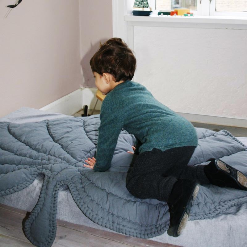 Nofred Leaf play mat / play mat Gray, blankets, Nofred - SNOWFLAKE children's furniture concept store