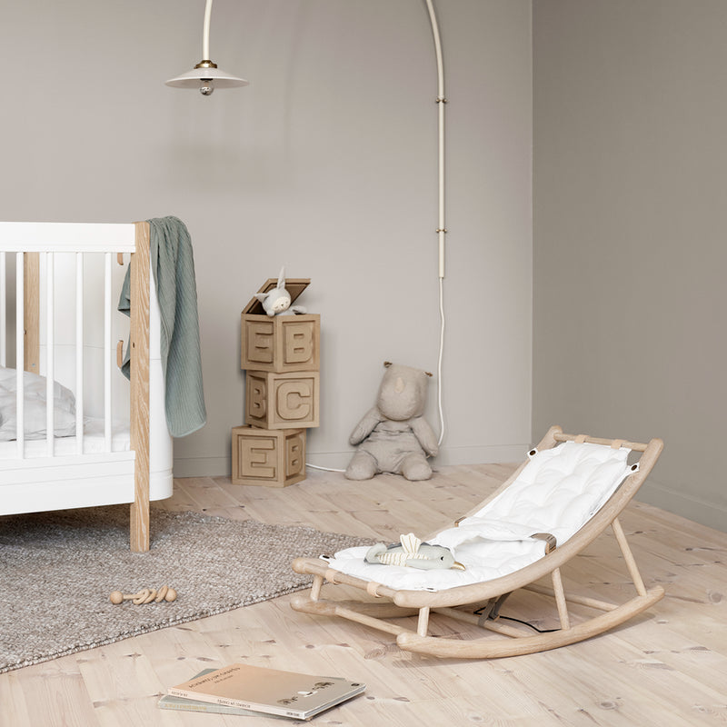 Oliver Furniture Wood baby and toddler bouncer Oak / white