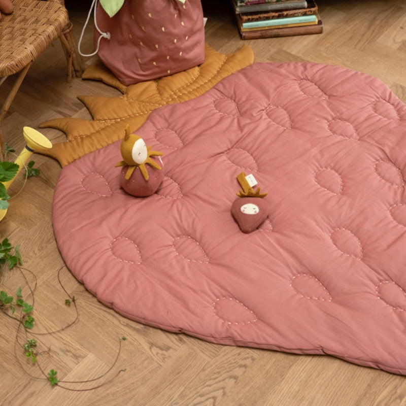 Fabelab Strawberry play mat Clay