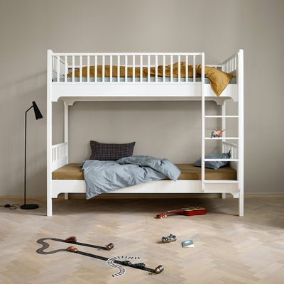 Oliver Furniture Seaside conversion set Loft bed to bunk bed with straight ladder White