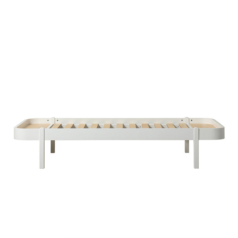 Oliver Furniture <br/> Wood Lounger Bett 90 x 200 cm <br/> Weiss