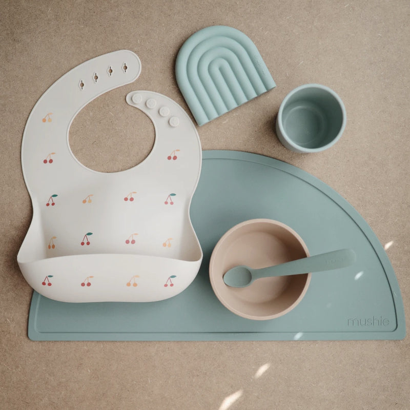 Mushie Silicone placemat Cambridge Blue