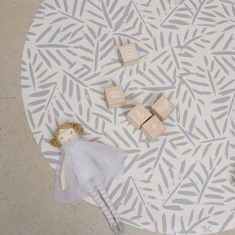 "Toddlekind <br/> Bodenmatte Clean Wean Mat ""Ocean Leaves"" <br/> Stone"