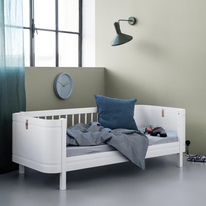 Oliver Furniture <br/> Wood Mini+ Juniorbett <br/> Weiss