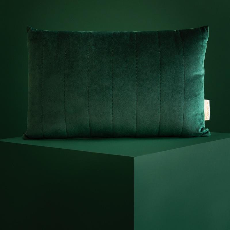 Nobodinoz <br/> Velvet Kissen Akamba 45x30 cm <br/> Jungle Green