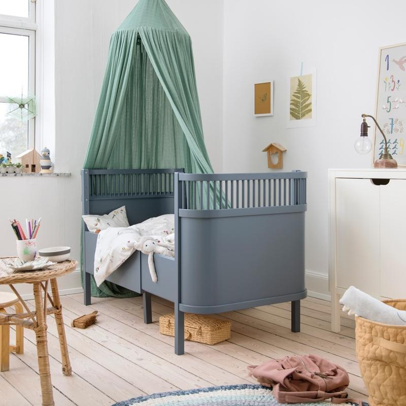 Sebra <br/> Baby und Junior Bett <br/> Forest Lake Blue