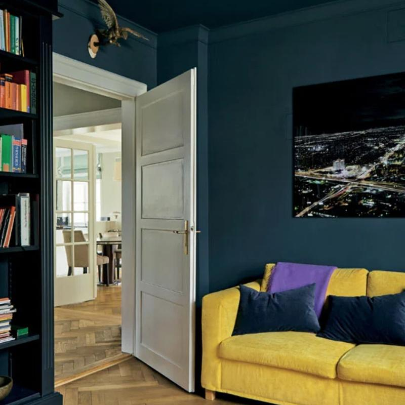 Farrow & Ball <br/> Modern Emulsion <br/> Hague Blue 30