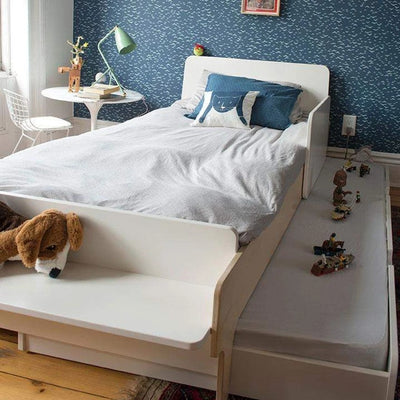 Oeuf NYC Bed drawer River White 90 x 190 cm