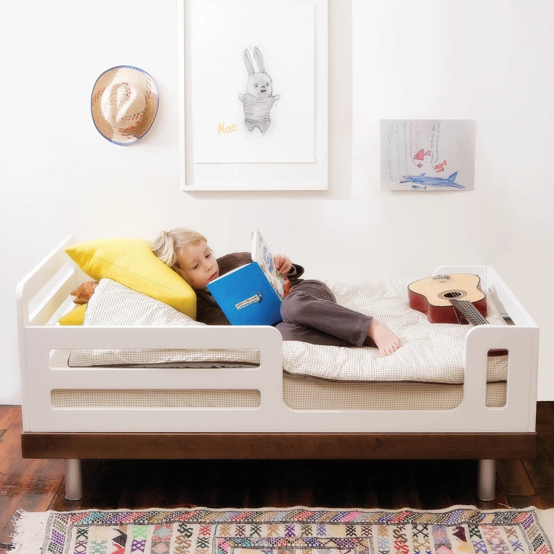 Oeuf NYC Classic junior bed Walnut / white, single beds, Oeuf NYC - SNOWFLAKE children's furniture concept store