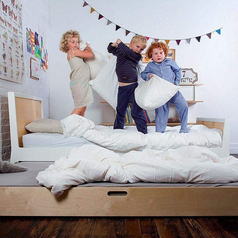 Oeuf NYC Sparrow Twin cot Birch / white, single beds, Oeuf NYC - SNOWFLAKE children's furniture concept store