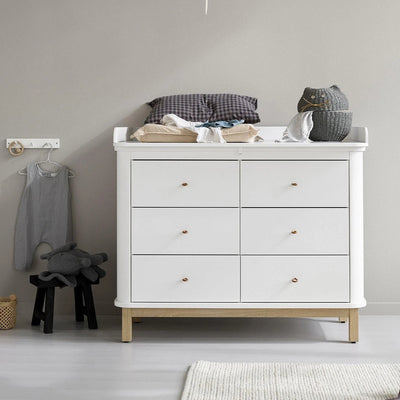 Oliver Furniture Large changing table for Wood chest of drawers with 6 drawers White