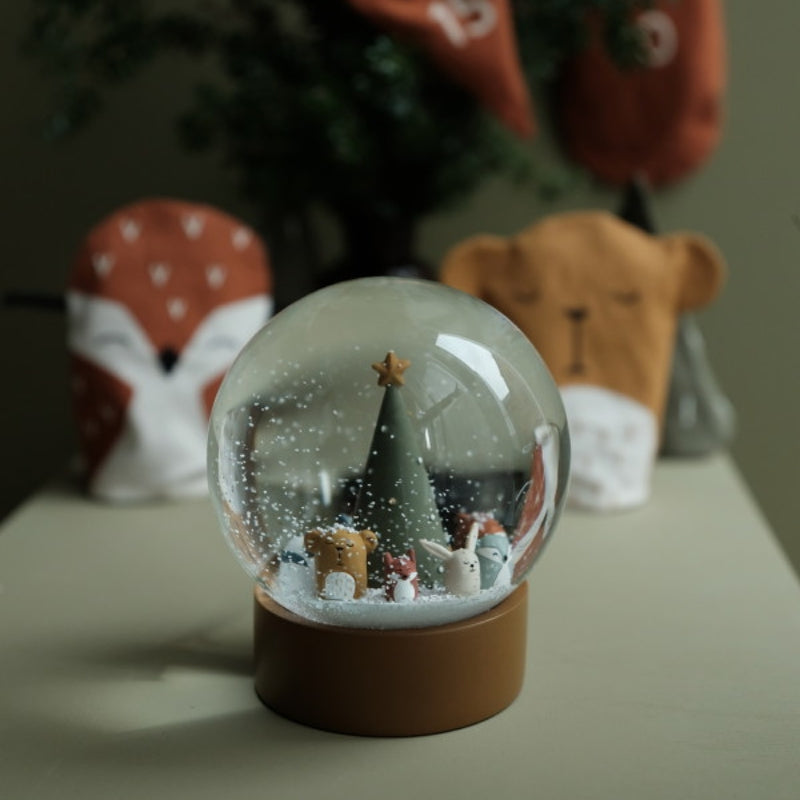 Fabelab <br/> Grosse Schneekugel <br/> Woodland Animal Christmas