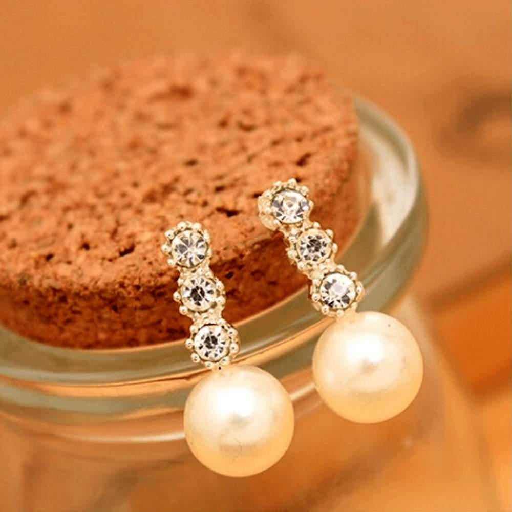 Free Jewelry - Auger Pearl Earrings - Clever Clad