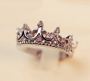 Free Jewelry -  Elegant Queen's Crown Ring - Clever Clad