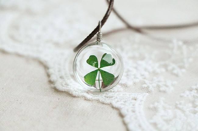 Free Jewelry -  Four Leaf Clover Good Luck Necklace - Clever Clad
