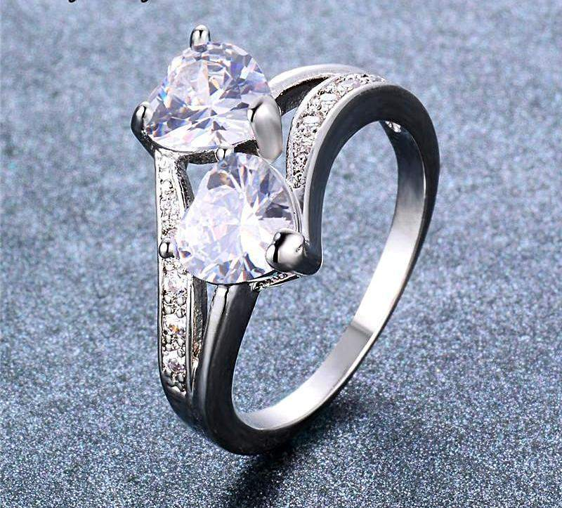 2018 Double AAA+ Zircon Heart White Gold Filled Engagement Ring