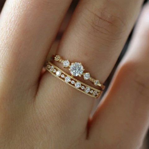 2 Pieces Dainty Snowflakes Wedding Ring Band