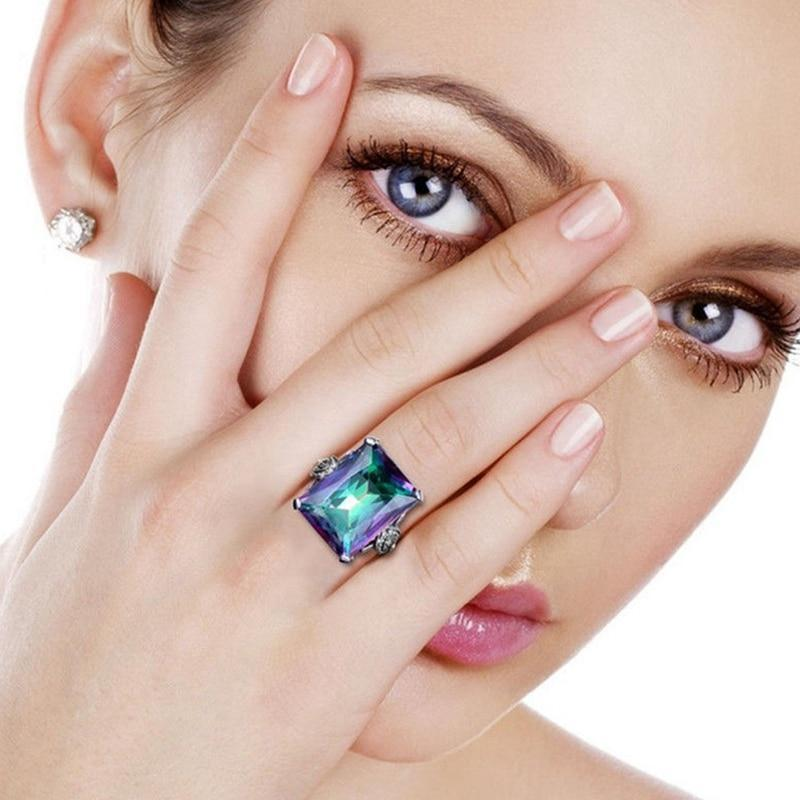 New Crystal Lady Ring