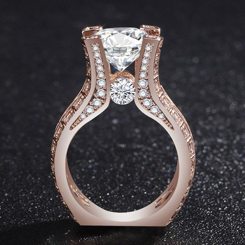 Luxurious Geometric Square Ring