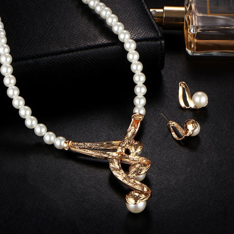 Luxury Bridal Jewelry Set Crystal Beads Necklace Simulated Pearl Earrings