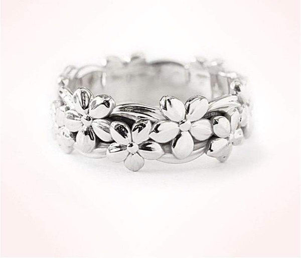 2018 Stylish Vintage Flowers Engagement/Wedding Ring