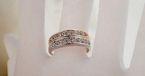 Free Jewelry - Single Row Ring - Clever Clad