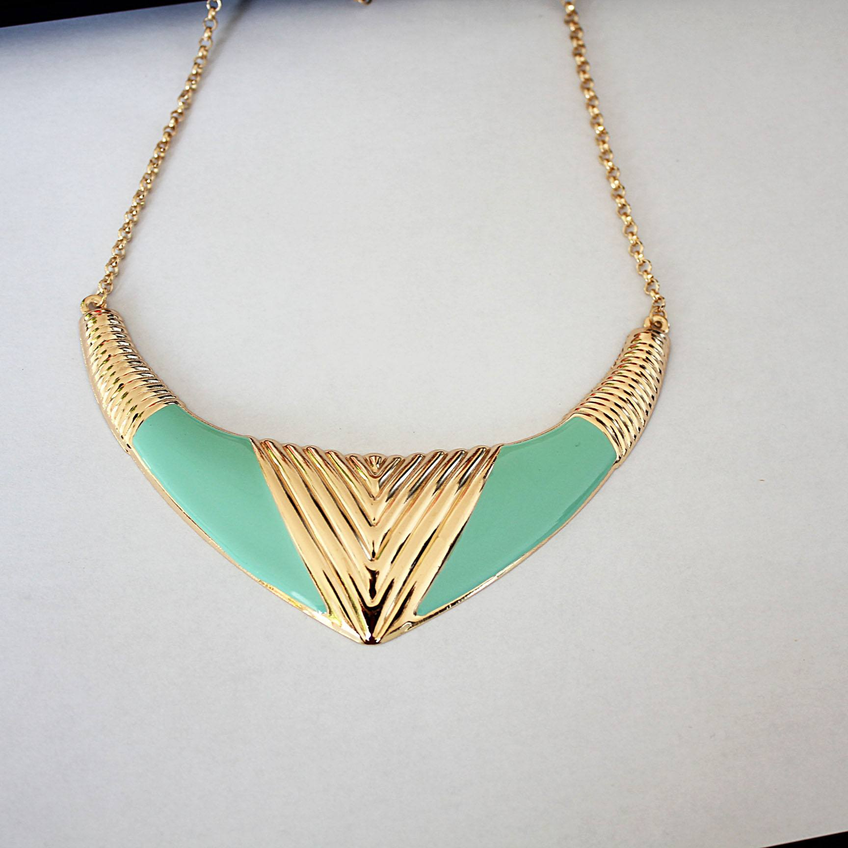 Free Jewelry - Trendy Multicolor Necklace - Clever Clad
