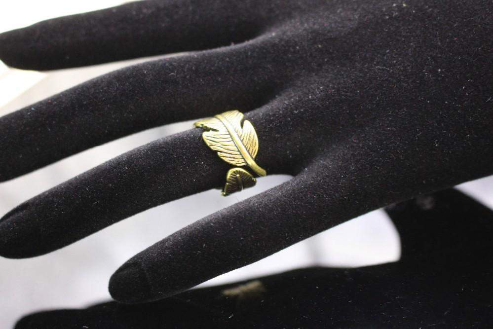 2018 Adjustable Antique Feather Leaf Personality Ring