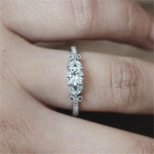 Top Rated Four Claws Clover Leaf Engagement Ring