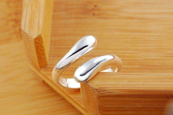 Free Jewelry - Droplet Shaped Ring - Clever Clad