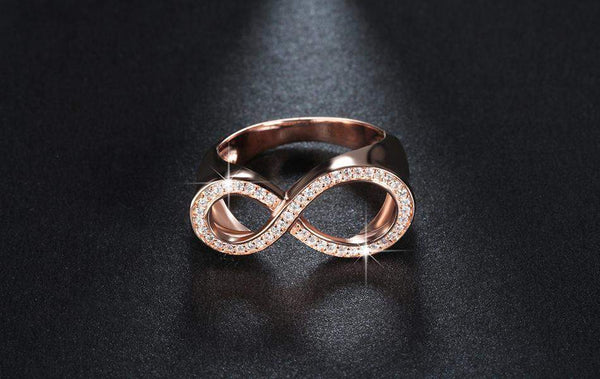 2018 Most Requested Irregular Infinity Ring Band