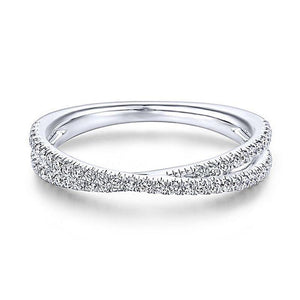 Endless Beauty Twisting Ring