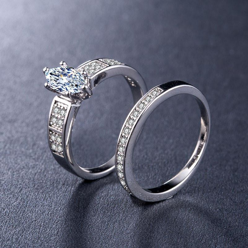 Luxury Cubic Zircon Engagement Ring Band
