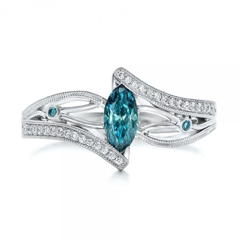 Luxurious Women Wedding Ring