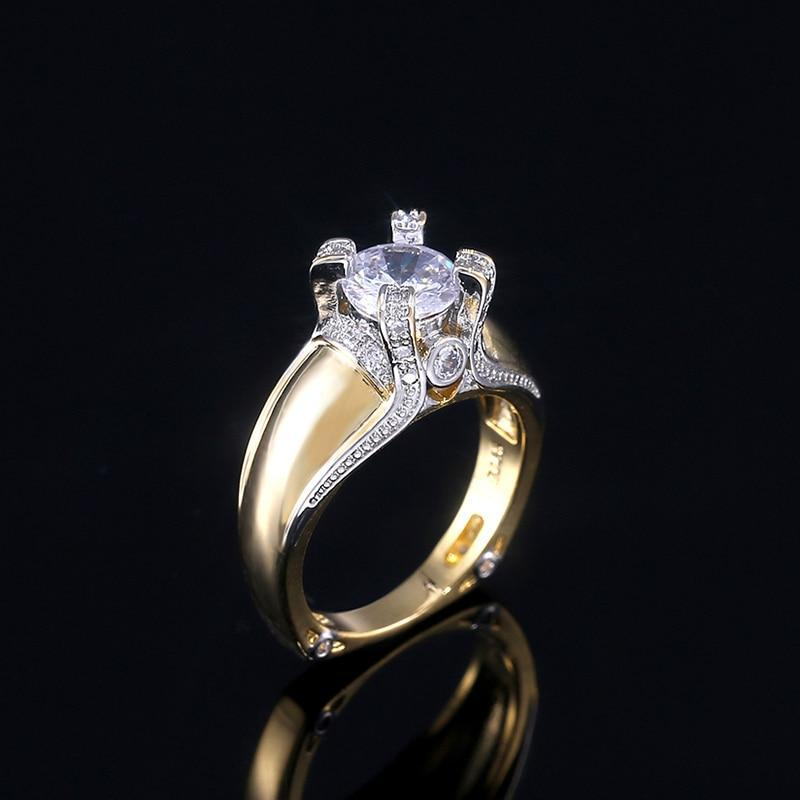 Classic Solitaire Exquisite Ring