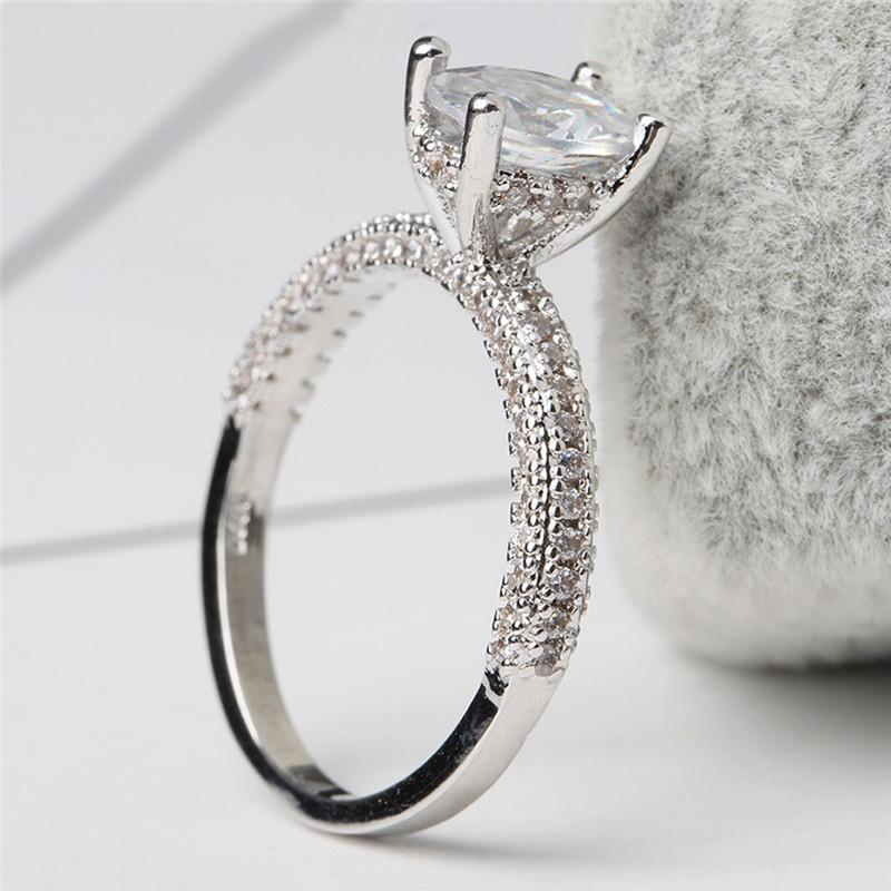 Pure Cubic Zirconia Luxury Engagement/Wedding Ring