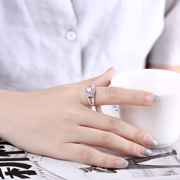 Free Jewelry - Round Pink Ring - Clever Clad