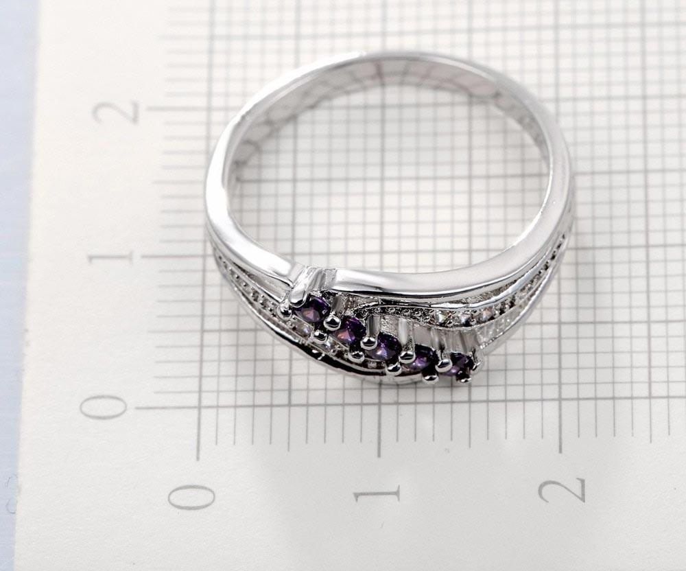 Luxuriant Attractive Purple Crystal Ring