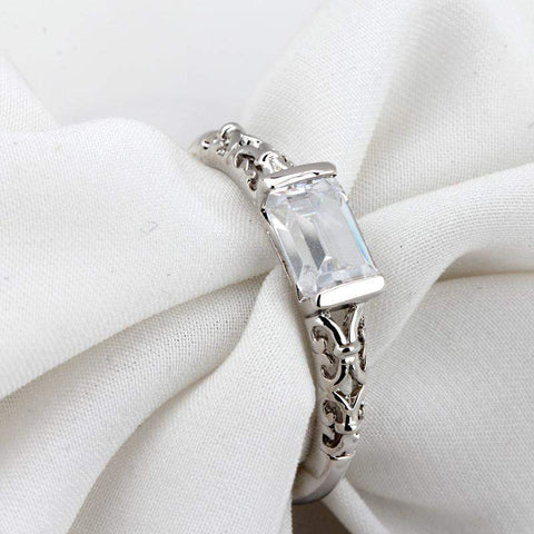 Top Rated Vintage Charm Stone Bridal Ring